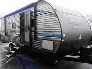 2020 Coachmen Catalina Legacy Edition 243RBS | Neal's RV Center