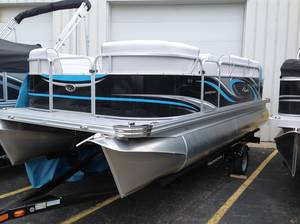 Apex Marine Pontoon Boats For Sale in Michigan | Apex Marine