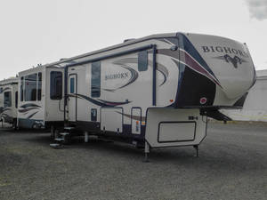 Pre-Owned Inventory | The RV Corral