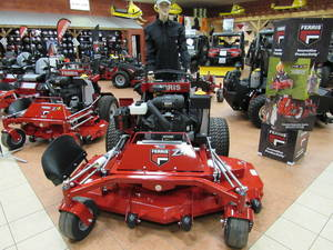 2019 Ferris Soft Ride Stand-On (SRS™) Z3 Mowers 5901694