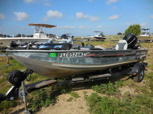 Pre-Owned Inventory   Boater's World Marine Centers