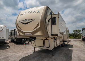 Pre-Owned Inventory | Texas RV Outlet