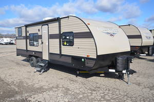Shop Travel Trailers Under $15,000 | Holman RV