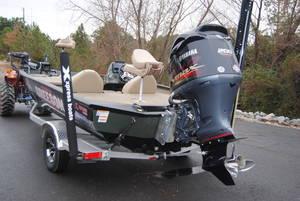 2019 Xpress Boats X19 Pro Stock: 94345 | Greeson's