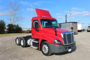 Pre-Owned Inventory | Triple-T Truck Centers