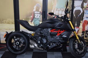 Sports Bikes For Sale >> Sport Bikes For Sale Chatsworth Ca Sport Motorcycle Dealer