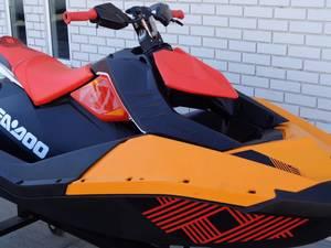 2018 Sea-Doo Spark 2up Trixx iBR Stock: S501718 | Moto