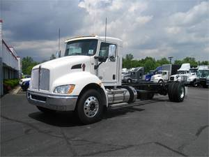 Kenworth Heavy Duty Trucks For Sale in KY, IL, IN, & OH | Semi Dealer