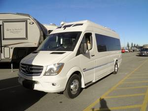 626e018c593eef 2019 Roadtrek CS Adventurous High River