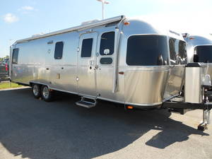 2019 Airstream Classic 30RB Stock: A9-098 | Airstream of
