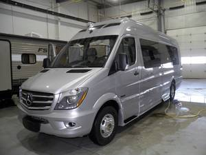 fee6185e7cc270 2018 Roadtrek E-Trek Mercedes Sprinter 3500 High River