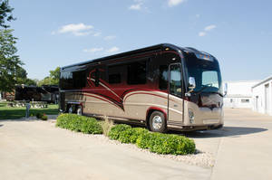 Pre-Owned Inventory | Newell Coach