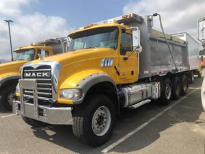 Used Commercial Truck Dealer | Mack, Kenworth, Volvo | Used