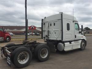 2013 Freightliner® CASCADIA 113 Stock: DSBW1389 | North Central