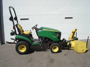 Compact Tractors For Sale   Southern Wisconsin   Compact Tractor Dealer