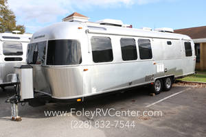 2018 Airstream Classic 30RB Gulfport Mississippi