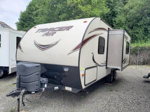 Used Travel Trailers For Sale in Sumner and Poulsbo, WA | Sumner RV