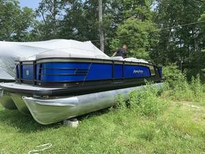 Pontoon Boats For Sale | Bayville NJ | Pontoon Dealer