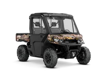 2019 Can-Am ATV Defender XT™ CAB HD10 Mossy Oak Break-Up Country Camo