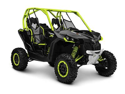 2015 Can-Am™ Maverick X ds 1000R Turbo Carbon Black Manta Green 1