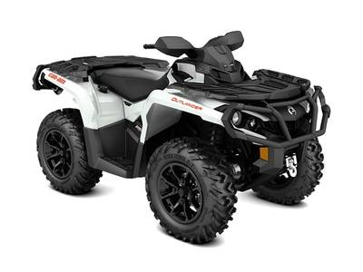 2017 Can-Am ATV Outlander™ XT™ 850 Pearl White and Black