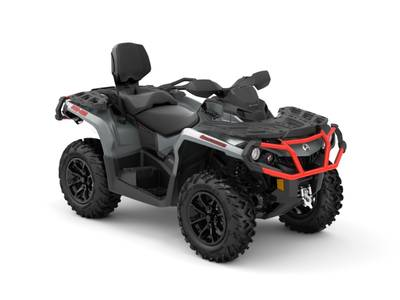 2018 Can-Am ATV Outlander™ MAX XT™ 650 Brushed Aluminum & Can-Am Red