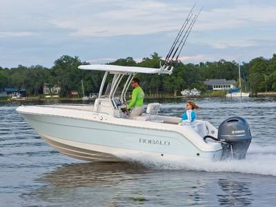 2018 ROBALO R222 for sale