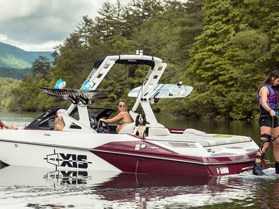 2018 Axis Wake Research A20 Base | SWS Marine Group