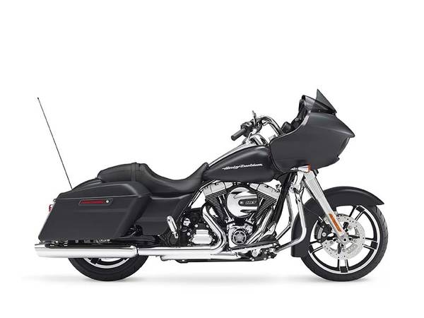 2016 Harley-Davidson® Road Glide® | Polar Tech Recreation