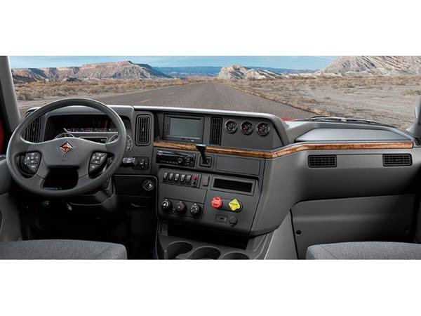 2018 International® LT™ Series | Norfolk Truck Center
