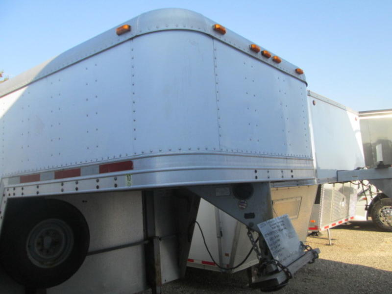 ... Used Featherlite all aluminum enclosed gooseneck model 4941 102 Wx85 Hx32u0027+8u0027upper deck 2-6400 lb. axles rear r& door 89 Wx82 H 48  side door ... & 2006 Featherlite Trailers All Aluminum 40u0027 Enclosed Gooseneck Model ...