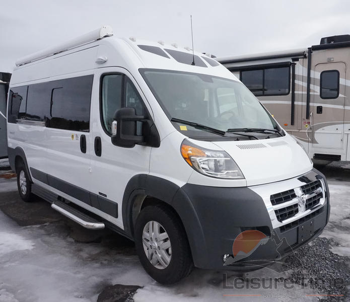2019 Roadtrek Simplicity SRT Base