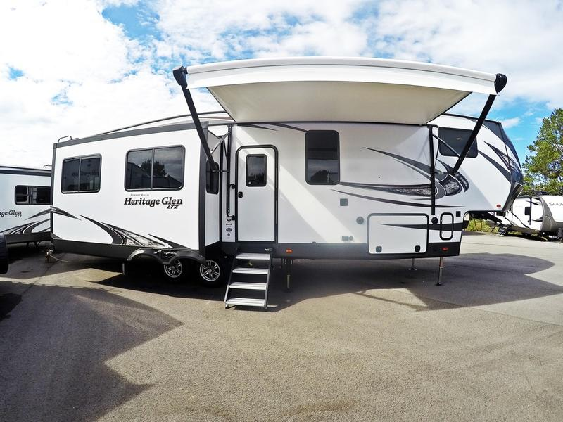 2018  Wildwood Heritage Glen 337BAR for sale 58240