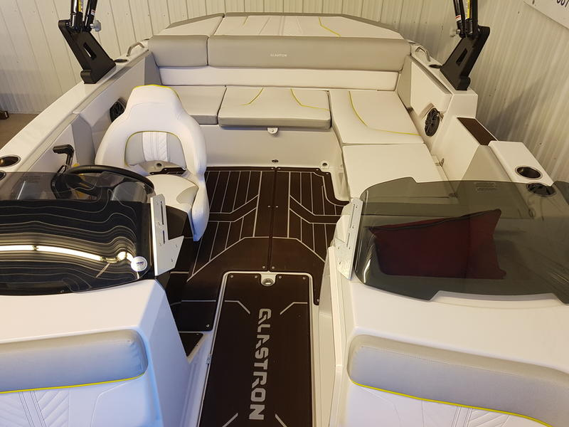 2019 Glastron boat for sale, model of the boat is GTDW 205 & Image # 6 of 8