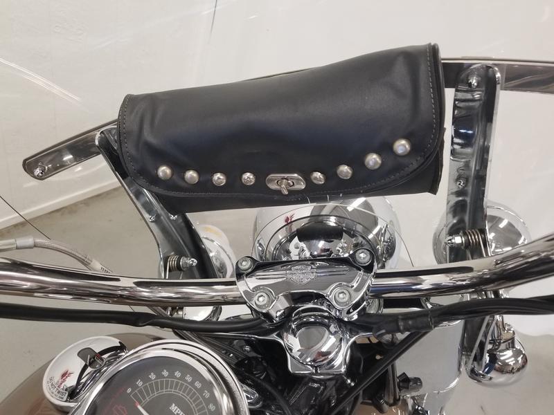 2005 Harley-Davidson® FLSTC - Heritage Softail® Classic