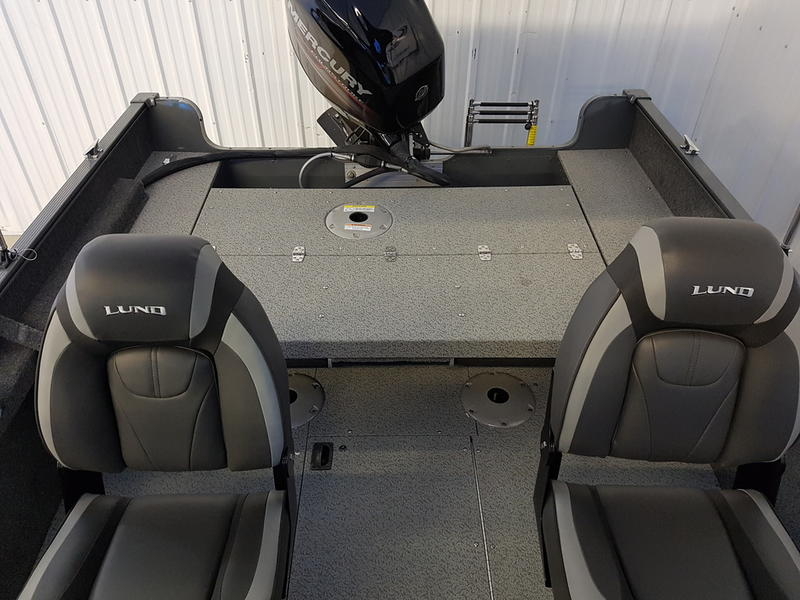 2018 Lund boat for sale, model of the boat is Fury XL 1625 Sport & Image # 7 of 8