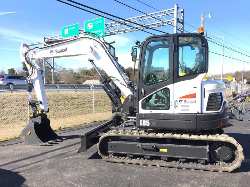 2016 BOBCAT E85 Excavator