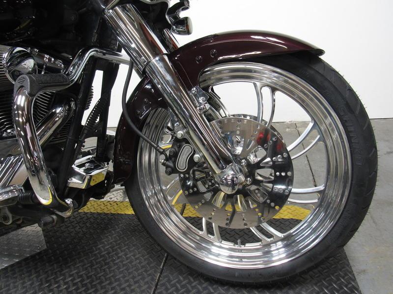 2006 Harley-Davidson FLHX - Street Glide 8