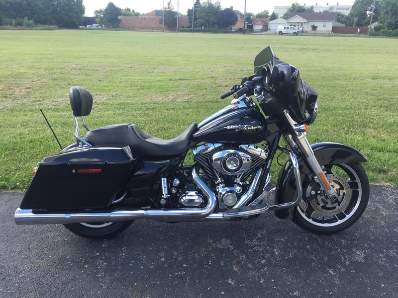 2010 Harley-Davidson FLHX - Street Glide 3
