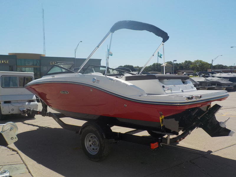 2020 Sea Ray boat for sale, model of the boat is SPX 190 & Image # 9 of 14