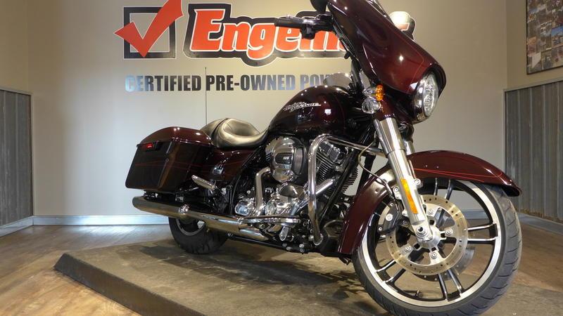 2014 Harley-Davidson FLHXS - Street Glide Special 4