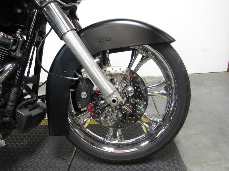 2013 Harley-Davidson FLHX - Street Glide 8