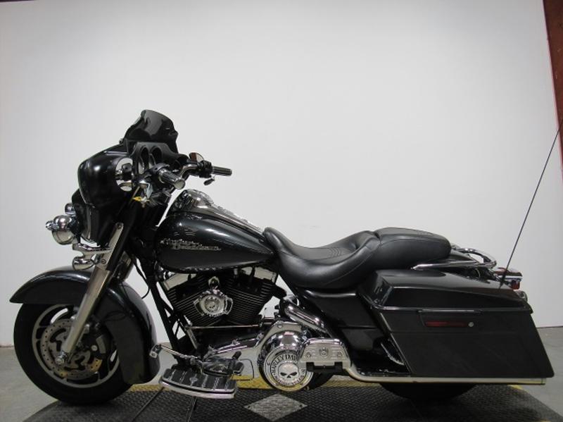 2008 Harley-Davidson FLHX - Street Glide 8