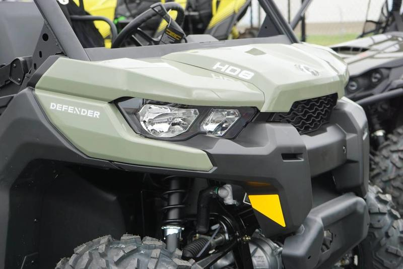 2019 Can-Am™ Defender HD8 3
