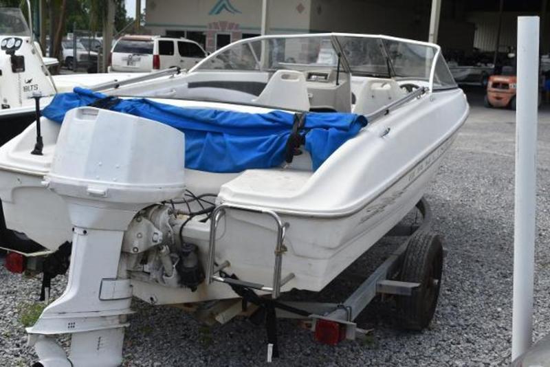 Used  1999 Bayliner 1850 Capri LS Bow Rider in Marrero, Louisiana