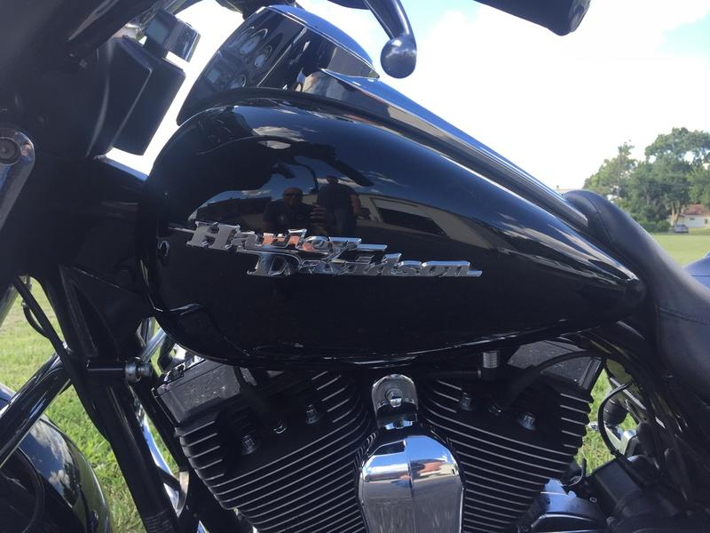 2010 Harley-Davidson FLHX - Street Glide 7