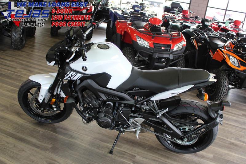 2017 Yamaha FZ-09 9