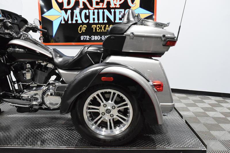 2016 Harley-Davidson® FLHTCUTG - Tri Glide® Ultra Classic