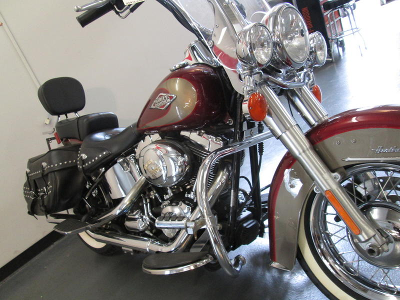 2009 Harley-Davidson FLSTC - Heritage Softail 10