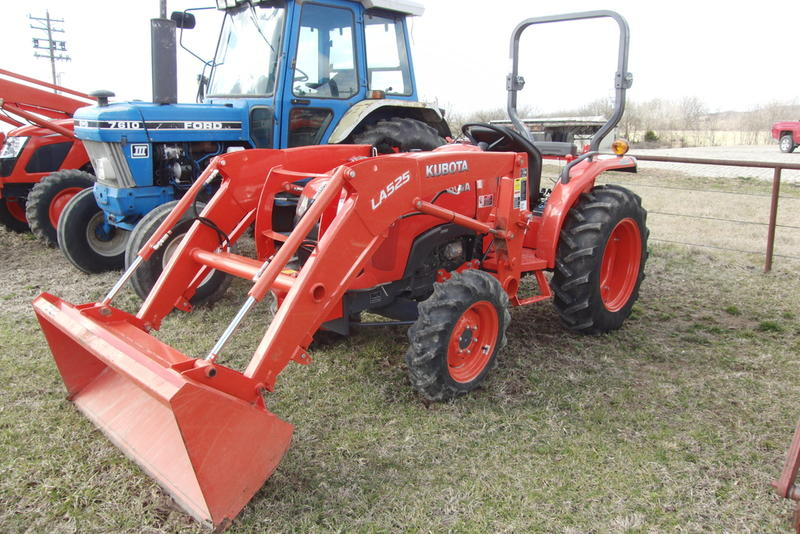 2017 Kubota L2501 Stock: 127569 | S&H Farm Supply